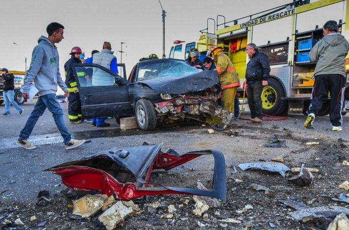El impacto fue frontal y mortal para uno de los conductores.