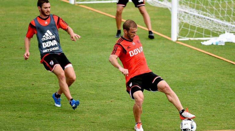 Iván Alonso se consolida como titular y podría ser acompañante de Rodrigo Mora en la ofensiva millonaria.