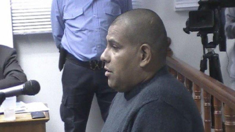 Aníbal Muñoz fue condenado por violar con una tonfa al adolescente que había sido demorado en la comisaría.