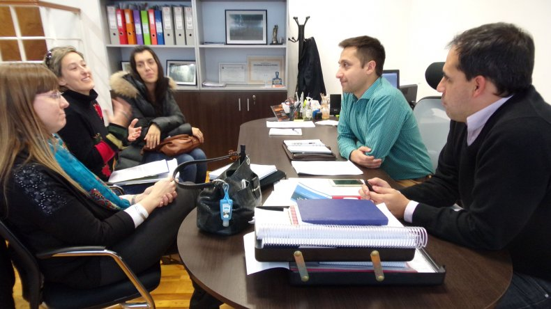 Ayer los concejales mantuvieron una reunión clave con referentes de las asociaciones de Celiaquía y de Nutricionistas de Chubut.