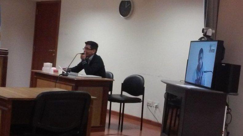 La audiencia ayer se efectuó a través de videoconferencia debido a que el sospechoso está detenido en Comodoro Rivadavia.