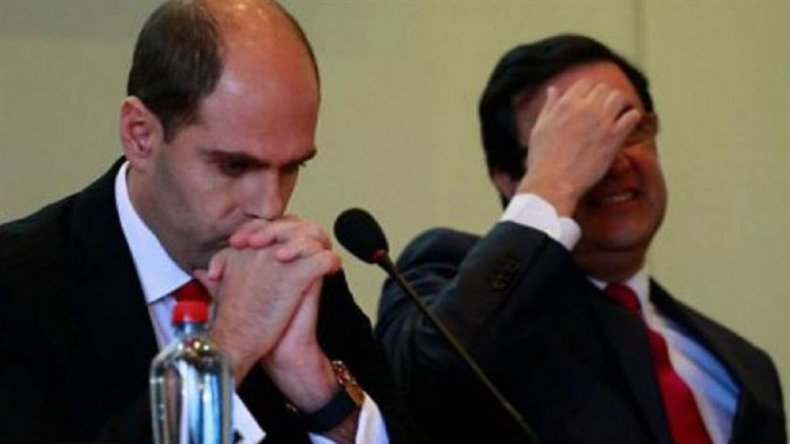 La FIFA suspendió de por vida a dos dirigentes