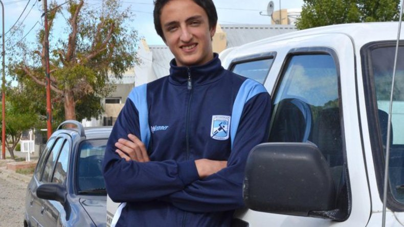Valentín Schankula es el jugador comodorense que forma parte de la concentración para categorías Juvenil y Junior