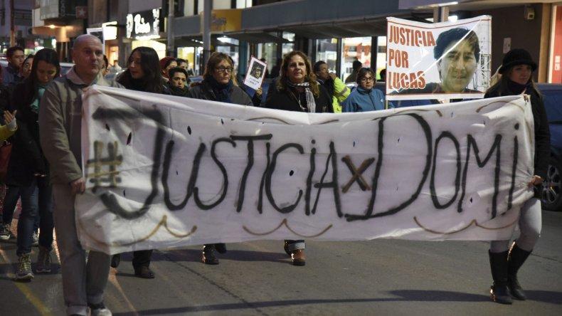 Más de medio centenar de personas marcharon por las calles céntricas de forma pacífica para reclamar justicia por Domingo Expósito Moreno.