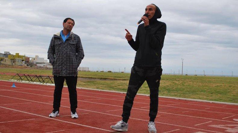 Leonardo Malgor brindó una interesante clínica de atletismo en Comodoro Rivadavia.