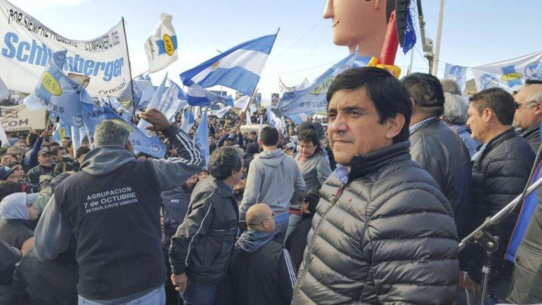 El concejal Javier Aybar formó parte de la histórica movilización petrolera en Comodoro Rivadavia.