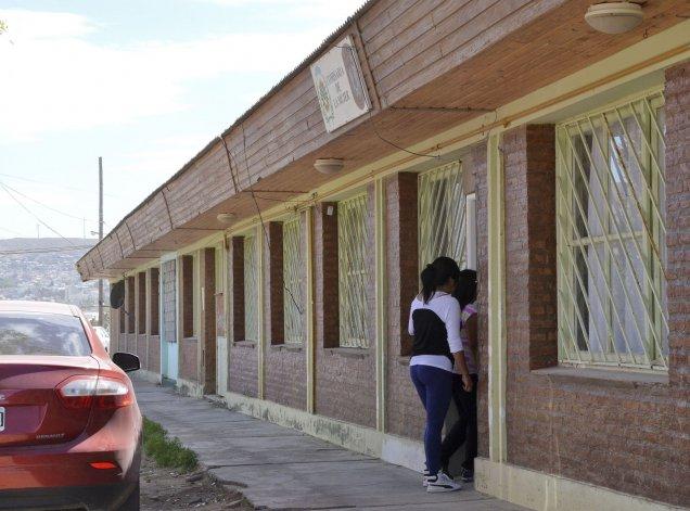 La primera Comisaría de la Mujer que se habilitó en Comodoro Rivadavia funciona actualmente en el barrio Stella Maris.