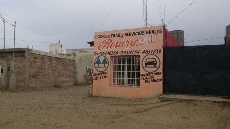Delincuentes robaron en la madrugada del sábado a dos trabajadores en el interior de la agencia de remises Rotary XXIII.