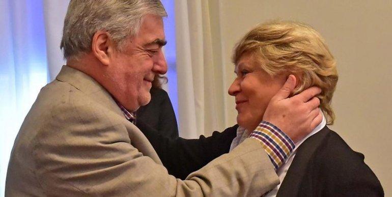 El gobernador Mario Das Neves junto ala presidente de la Fundación Green Cross