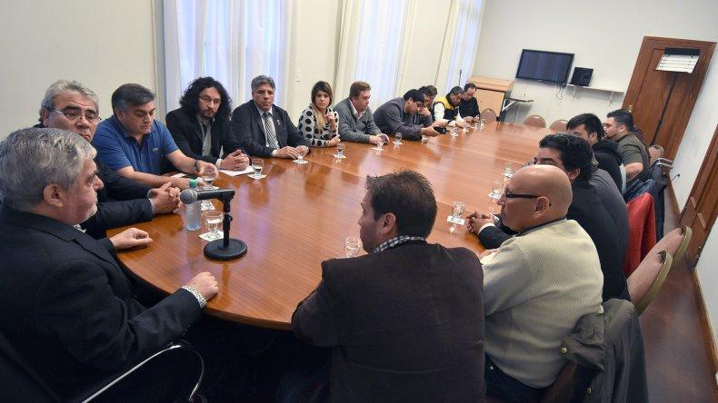 Das Neves recibió en Casa de Gobierno a representantes de la CGT