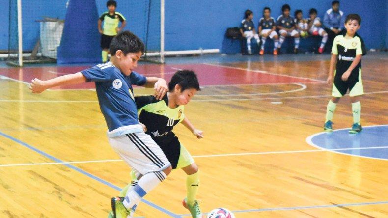 El fútbol infantil vivió ayer una gran jornada con el desarrollo de cuarenta encuentros en la CAI.
