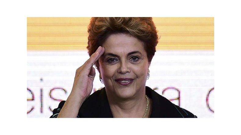 Mañana se vota si Dilma enfrenta el juicio político o no.