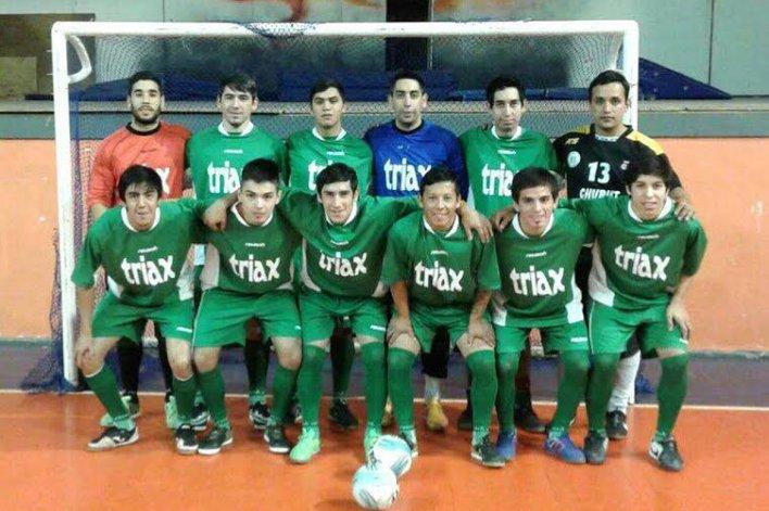La selección de Comodoro Rivadavia ganó en Caleta Olivia los dos amistosos que jugó.