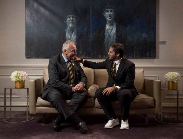 El ex director de la Casa de Chubut en París fue elegido vicepresidente de la World Rugby