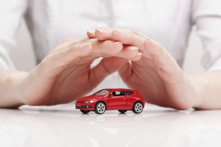 Los seguros de autos tuvieron un alza de un 30% por el impacto de precios