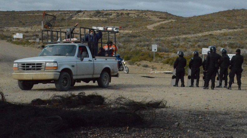Los manifestantes que habían trasladado el piquete hasta proximidades de Cañadón Seco