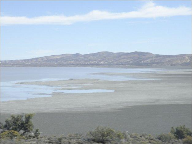 El lago Colhué Huapi se convirtió en un desierto y los vecinos temen por el futuro del Musters.