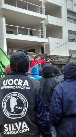Advierten que los trabajadores de UOCRA podrían bajar de los yacimientos