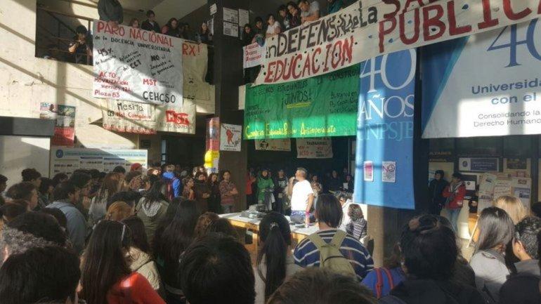 Dictan asueto para llevar adelante la movilización en defensa de la educación pública
