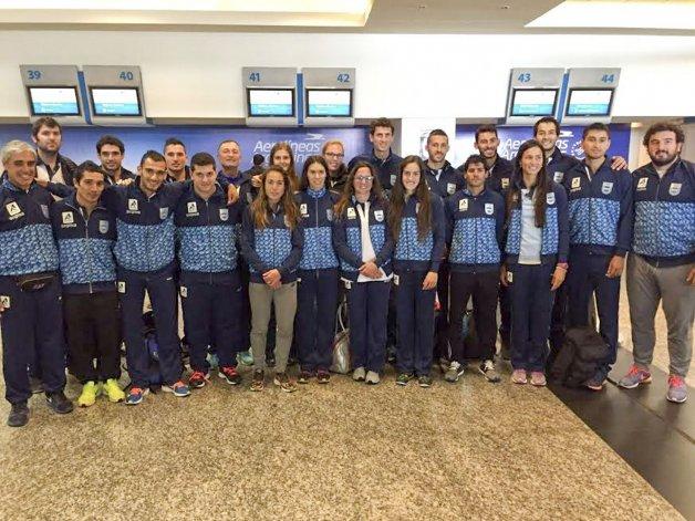 La delegación argentina que participará desde hoy en el Iberoamericano de atletismo.