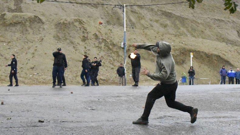 Enfrentamientos entre UOCRA y SOUCCH