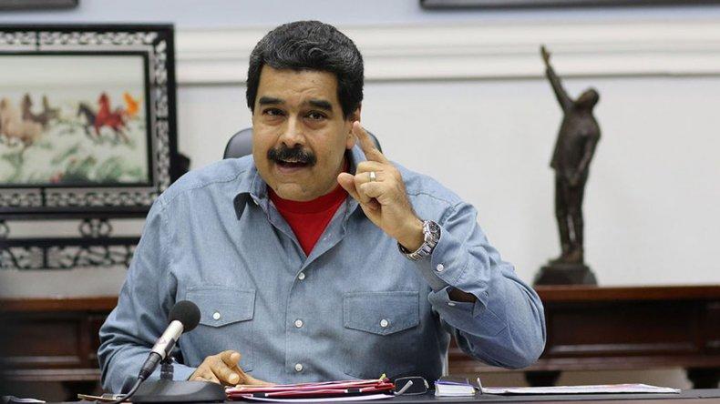 Maduro denunció que el ex presidente colombiano Alvaro Uribe habría solicitado en Miami una intervención en Venezuela.