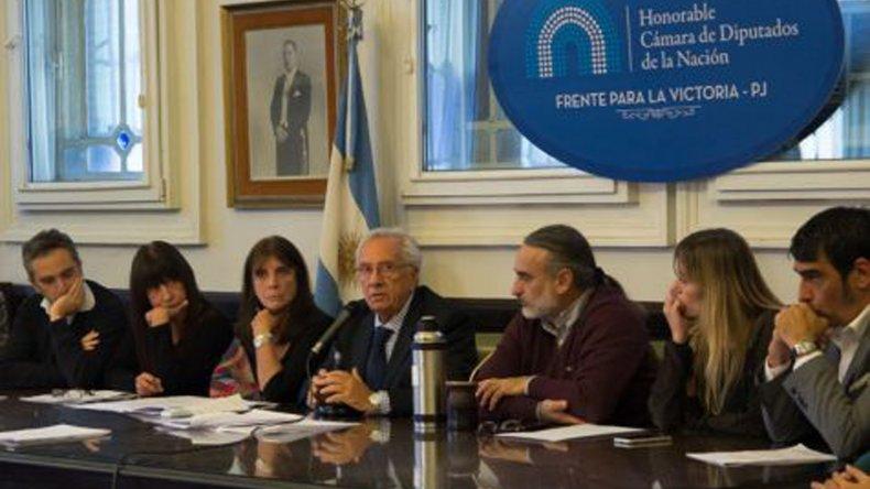 Recalde ve con optimismo un acuerdo con el massismo para aprobar la emergencia ocupacional.