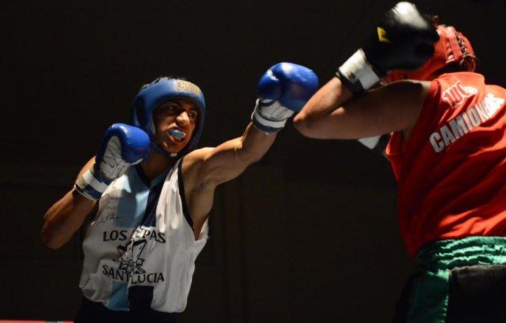 El boxeo amateur tuvo intensa actividad la noche del viernes en el gimnasio municipal 1.