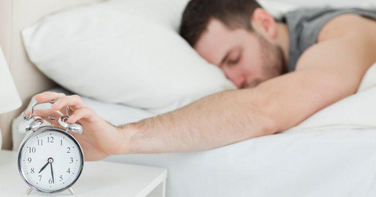 Los niveles de alerta disminuyen cuando se duerme poco.