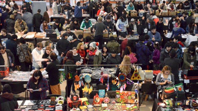La Feria de Música atrajo  a coleccionistas y curiosos