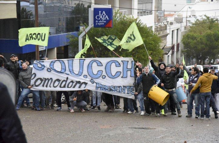 Los disturbios del viernes evocaron los continuos enfrentamientos entre sectores de la construcción