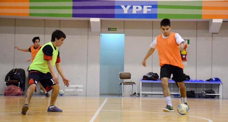 La selección comodorense de futsal tiene todo listo para el viaje a Mendoza.