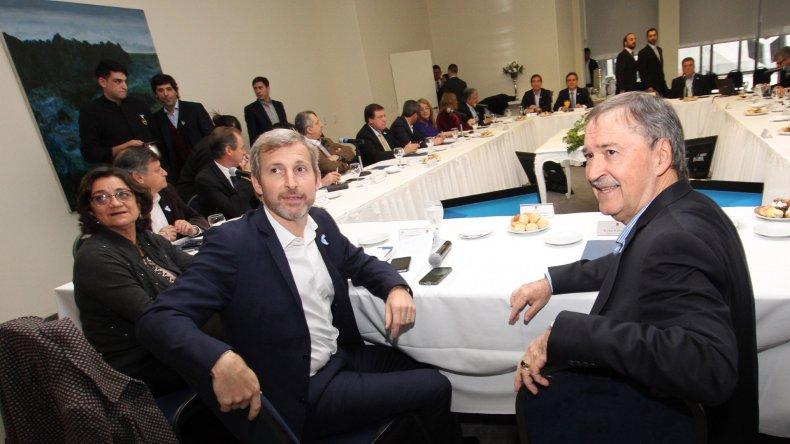 Rogelio Frigerio encabezó el encuentro con los gobernadores.