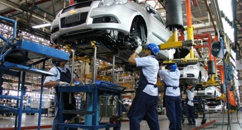 La actividad industrial sigue cayendo.