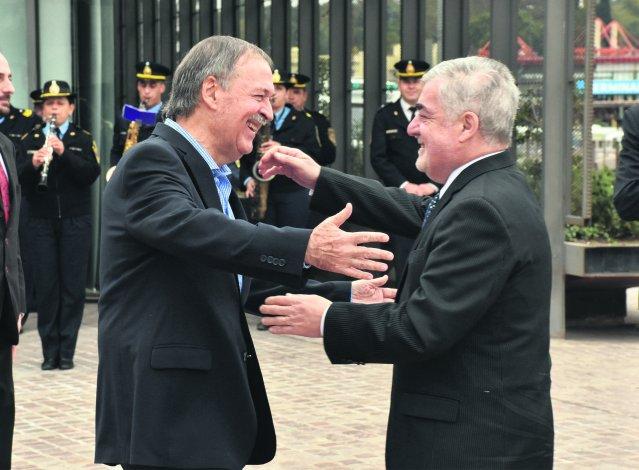 Das Neves ayer en Córdoba. El gobernador había adelantado esta semana que plantearía la situación ante Nación.
