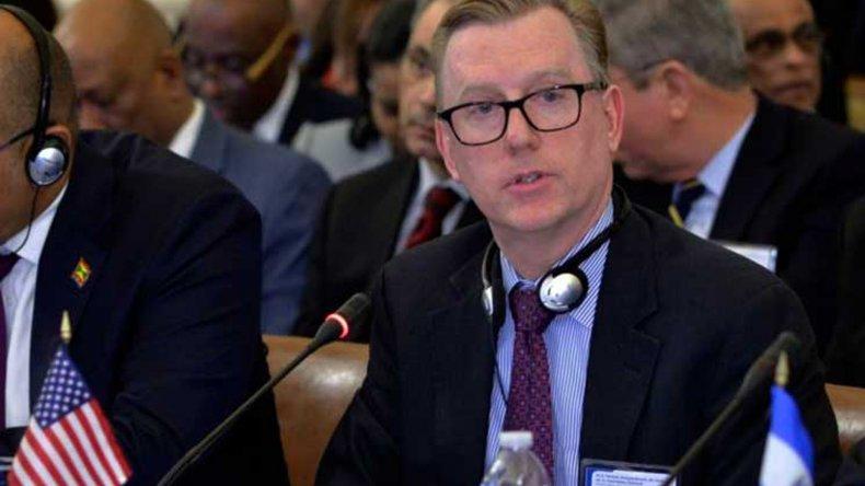 Michael Fitzpatrick calificó de democrático el proceso que suspendió a Rousseff.