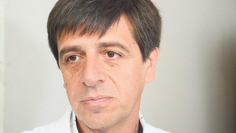 El médico Luis Cisneros confirmó el primer caso de Gripe A de este año. De todos modos, le restó dramatismo al tema.