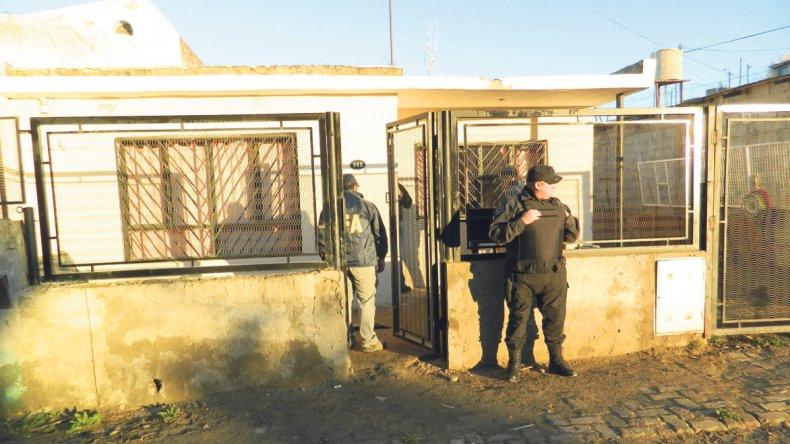 Uno de los allanamientos efectuados por la Policía Federal en el marco de la causa.