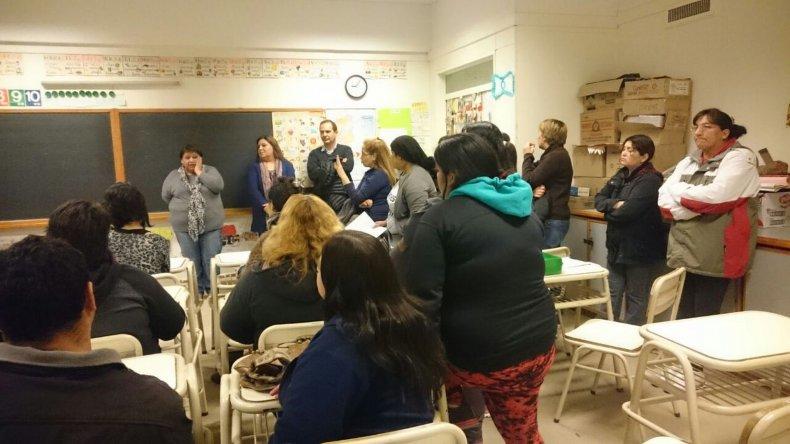 La Escuela N° 52 sin insumos, porteros y en una situación financiera crítica