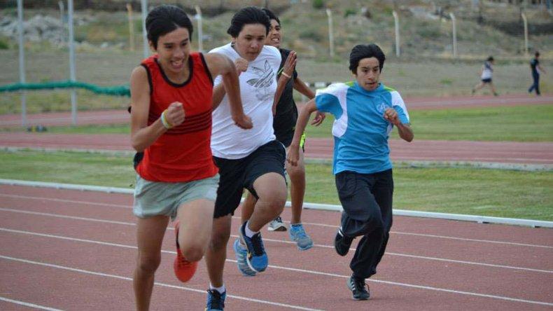 Participarán atletas de 10 años de edad en adelante.