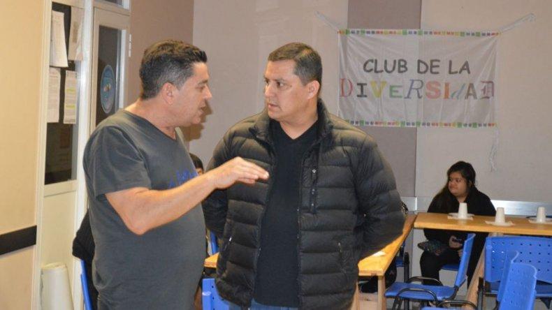 El Club de la Diversidad disfrutó de la noche circense que por gentileza del gremio se realizó en la sede de Petroleros Jerárquicos.