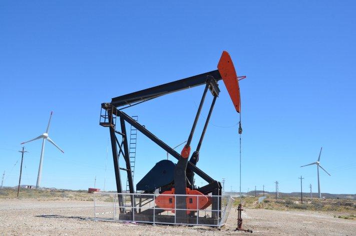 Culminó la primera reunión entre Petroleros e YPF