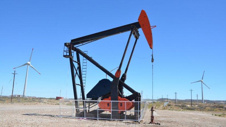 La actividad petrolera ya no es lo que era y son los asalariados quienes más crudamente lo sienten.