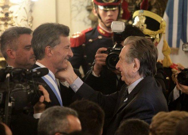 Los movimientos de la offshore Fleg Trading compremeten más a Macri