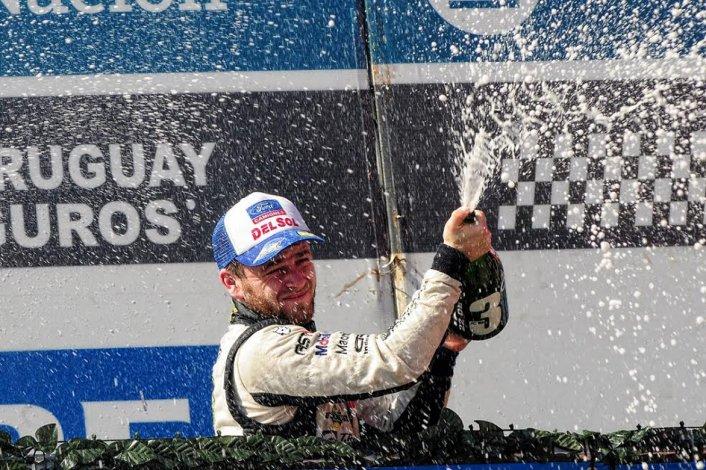 Agrelo se subió al podio del TC Pista en Termas de Río Hondo