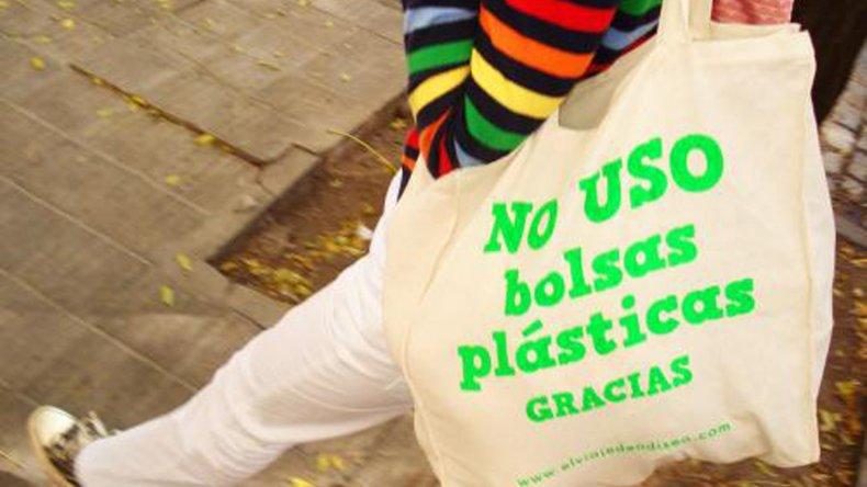 Impulsan un proyecto para erradicar uso de bolsas de plástico en Rada Tilly