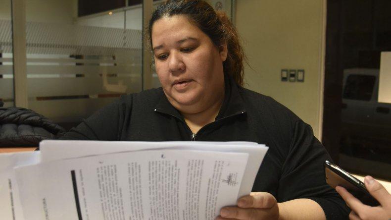 La presidenta de la cooperadora de la Escuela 52 negó la falta de productos de limpieza y de mantenimiento en el establecimiento.