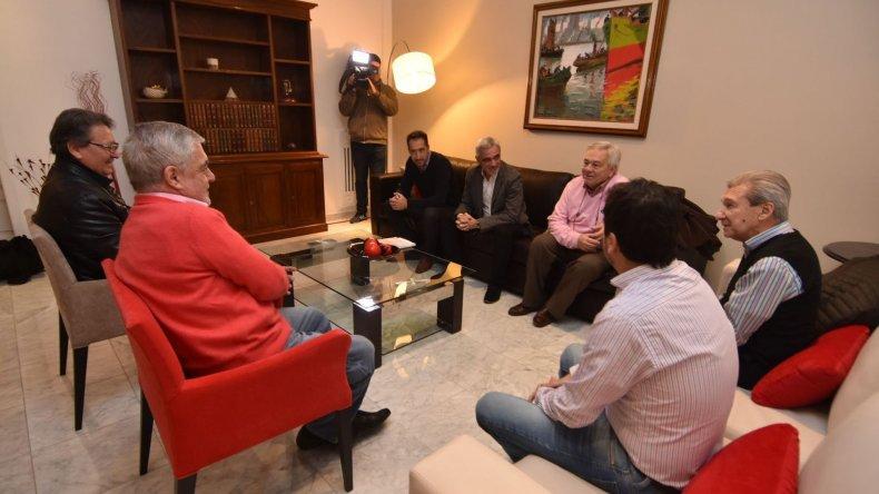 El gobernador Das Neves recibió ayer