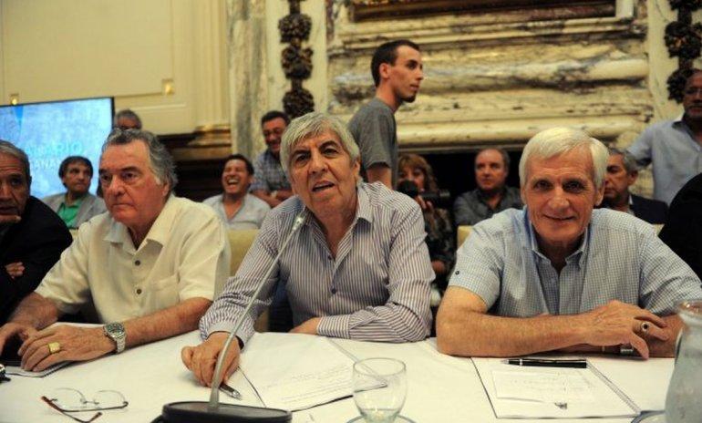 Las CGT cambian paro general por fondos para obras sociales