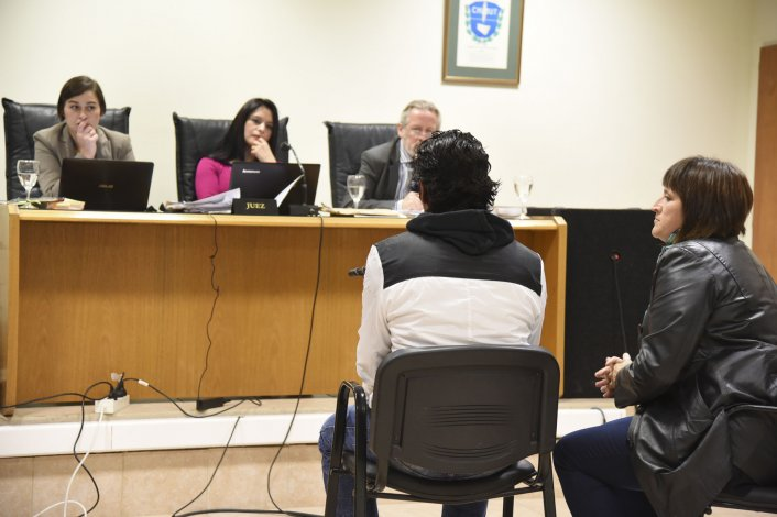 El testigo de identidad reservada confirmó ayer en el juicio contra Rodrigo Soto y Diego Serrano que fueron ellos quienes en la madrugada del 8 de diciembre efectuaron disparos desde el auto de Soto.